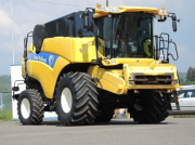 Oldtimer-Mähdrescher типа New Holland CX8090, Neumaschine в Полтава